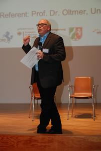 Prof. Jochen Oltmer